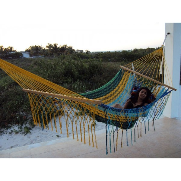 Sunnydaze American Style Mayan Hammock with Spreader Bar - MultiColor